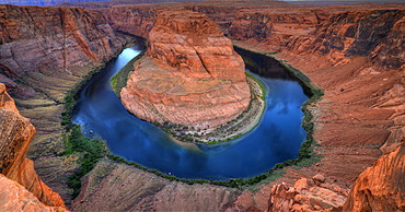 Horseshoe Bend or King Bend, a meander bend of the Colorado River, Page, Glen Canyon National Recreation Area, Arizona, Southwest, United States of America, USA