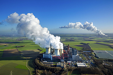 Neurath lignite power plant, behind Niederau üem power plant, RWE Power energy company, vapor cloud, plume, emission, Grevenbroich, Rhineland, North Rhine-Westphalia, Germany, Europe