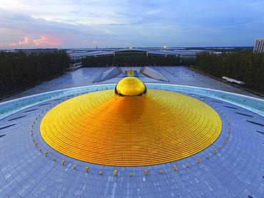 Phra Mongkol Thepmuni Memorial Hall, golden dome of the Phramonkolthepmuni meditation hall, Khlong Luang District, Pathum Thani, Bangkok, Thailand, Asia (Drone)