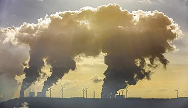 Lignite-fired power plant, RWE Power AG Neurath power station, RWE Power AG Niederaussem power plant, BoA 2&3, Grevenbroich, Rhineland, North Rhine-Westphalia, Germany, Europe