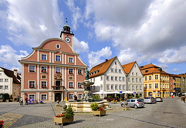 Market place with town hall and fountain Willibaldsbrunnen, Eichstatt, Altmuhltal, Upper Bavaria, Bavaria, Germany, Europe