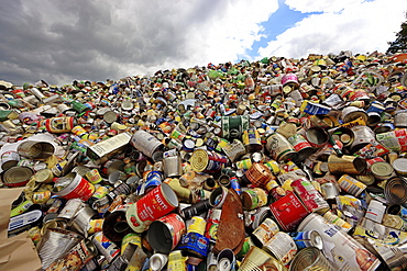 Waste disposal, Storage for recycling, beverage cans, Weissblech, Germany, Europe