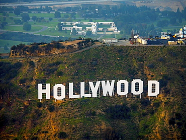 Hollywood sign on Mount Lee Drive, Hollywood Hills, Los Angeles, Los Angeles County, California, USA, North America