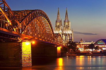 Cologne Cathedral with Hohenzollern Bridge, Twilight, Cologne, North Rhine-Westphalia, Germany, Europe