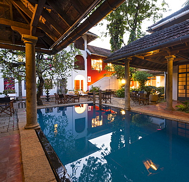 Courtyard with swimming pool, luxury boutique hotel Malabar House, Fort Kochi, Fort Cochin, Kerala, South India, India, Asia