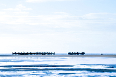Lugwalkers, Sankt Peter-Ording, North Frisia, Schleswig-Holstein, Germany, Europe