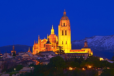 Cathedral at dusk, Segovia, Region of Castile and Leon, Spain, Europe