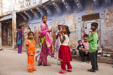 Children in the blue painted historic centre, Jodhpur, Rajasthan, India, Asia