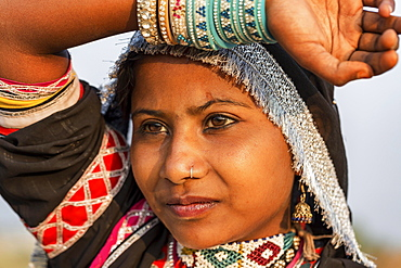 Young Indian woman, portrait, Pushkar, Rajasthan, India, Asia