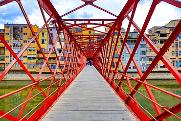 Red bridge or Eiffel Bridge, built by the Eiffel company, over the Onyar river, Girona, Catalonia, Spain, Europe