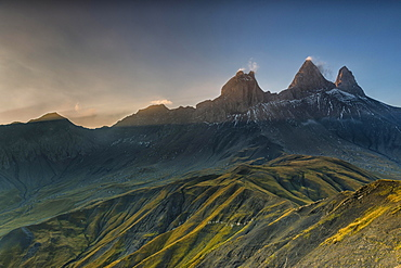 Aiguilles d'Arves mountain in the morning light, Pelvoux, Dauphine Alps, Savoie, France, Europe