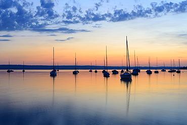 Sailboats at sunset, Lake Ammer, near Herrsching, Bavaria, Germany, Europe
