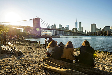 Fulton Ferry State Park on the East River, the Brooklyn Bridge and Downtown Manhattan at the back, Dumbo, Down Under the Manhattan Bridge Overpass, New York, United States, North America