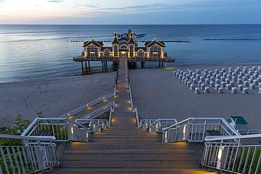 Sellin Pier, dusk, Sellin, Rugen Island, Mecklenburg-Western Pomerania, Germany, Europe