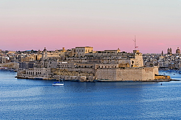 View from Valletta of the fortress Fort St. Angelo in the centre of the Grand Harbour, Vittoriosa, Malta, Europe
