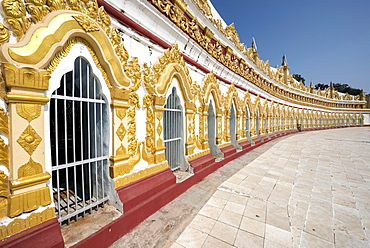 Umin Thounzeh or U Min Thonze, Pagoda of the 30 Caves, walls decorated with glass mosaics, Sagaing Hill near Mandalay, Myanmar, Asia