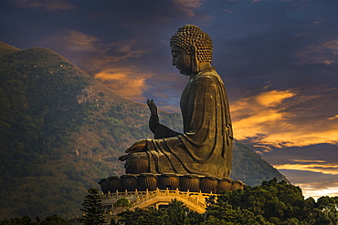 Tian Tan Buddha statue, Lantau Island, Hong Kong, China, Asia