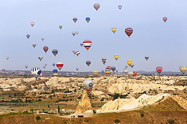 Hot air balloons, Goreme National Park, Cappadocia, Central Anatolia Region, Anatolia, Turkey, Asia
