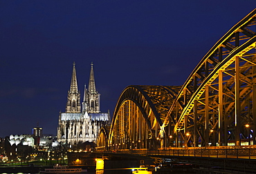 Hohenzollern Bridge with Cologne Cathedral at dusk, Cologne, North Rhine-Westphalia, Germany, Europe