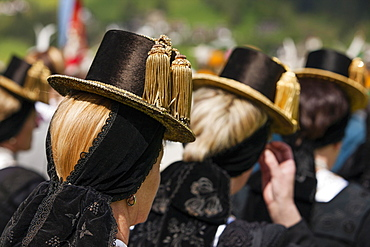 Gauderfest festival with traditional costumes, Zell am Ziller, Zillertal, North Tyrol, Austria, Europe
