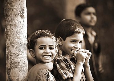 Smiling children, Kerala, South India, India, Asia