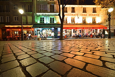 Street cafes at night, Montmartre, Paris, Ile-de-France, France, Europe