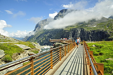 Viewing platform on Trollstigen Road, near Andalsnes, More og Romsdal, Western Norway, Norway, Europe