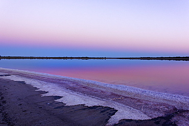 Lake Ninan, salt lake, in morning light, Victoria Plains, Western Australia, Australia, Oceania