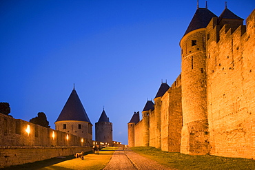 Fortress with watch towers, Carcassonne, Languedoc-Roussillon, Departement Aude, France, Europe