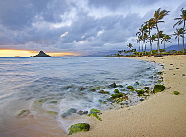 Sandy beach at Kualoa Regional Park, Oahu, Hawaii, United States, North America