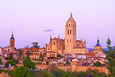 Segovia Cathedral, at sunset, Segovia, Castile and Leon, Spain, Europe