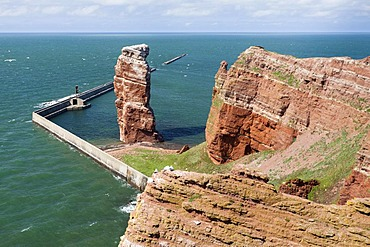 Long Anna, the only free-standing stone tower in Germany, since 1865 a landmark of Heligoland, Helgoland, Schleswig-Holstein, Germany, Europe