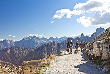 Drei Zinnen Trail, Tre Cime di Lavaredo, Dolomites, Italy, Europe