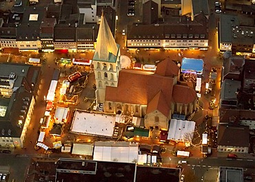 Aerial view, Pauluskirche church, the Christmas market and an ice skating rink at night, Hamm, Ruhr area, North Rhine-Westphalia, Germany, Europe