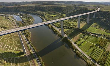 Aerial view, Moselle Viaduct, A61 motorway, Winnigen, Hunsrueck mountain range, Moselle River, Eifel mountain range, Rhineland-Palatinate, Germany, Europe