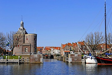 Defence tower, Dromedaris and ships in the harbour, Enkhuizen, North Holland, Holland, Netherlands, Europe