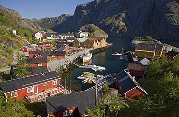 The harbor of Nusfjord, Nussfjord, Ramberg, island of Flakstadoya, Flakstadoya, Lofoten archipelago, Nordland, Norway, Europe