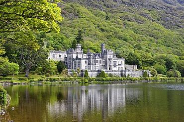 Kylemore Abbey, Connemara, County Galway, Ireland, Europe