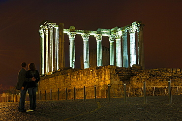 Ruins of Roman temple of Diana at dusk, Evora, UNESCO World Heritage Site, Alentejo, Portugal, Europe