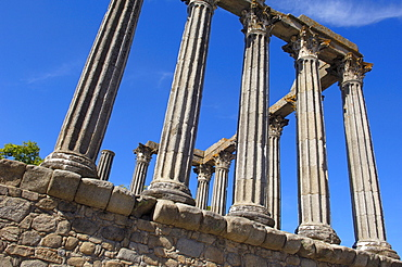 Ruins of Roman temple of Diana, Evora, UNESCO World Heritage Site, Alentejo, Portugal, Europe
