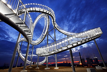 Tiger & Turtle ? Magic Mountain, a walkable landmark sculpture in the shape of a roller coaster, by Heike Mutter and Ulrich Genth, on Heinrich-Hildebrand-Hoehe, mining waste tip, Angerpark, Duisburg, North Rhine-Westphalia, Germany, Europe