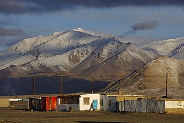 Alichur on the Pamir Highway M41, Pamir, Tajikistan, Central Asia, Asia