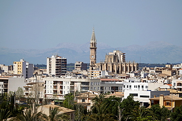 View of Manacor and the neo-Gothic church Dolores de Nostra Senyora, Nuestra Senyora dels Dolors, with its bell tower, Torre Rubi, 80 metres, Majorca, Balearic Islands, Spain, Europe