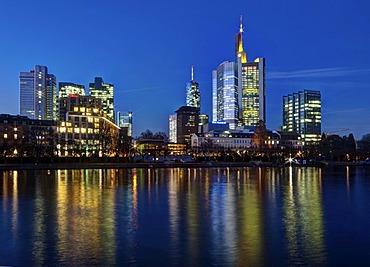 View of the skyline of Frankfurt at night, Commerzbank, Hessische Landesbank, Deutsche Bank, European Central Bank, Sparkasse, DZ Bank, Frankfurt am Main, Hesse, Germany, Europe, PublicGround
