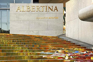 """Staircase leading up to the """"Albertina"""" Museum, decorated with the photo print of a painting by Monet, Albertina Platz 1, Vienna, Austria, Europa"""