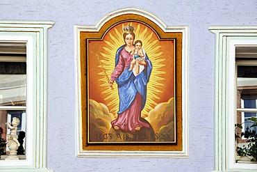 """Madonna with child"", fresco on a house wall, Marktplatz 7, Berchtesgaden, Upper Bavaria, Germany, Europe"