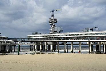 Beach and pier of Scheveningen, Den Haag, The Hague, Dutch North Sea coast, Holland, Netherlands, Benelux, Europe