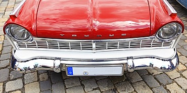 Ford Taunus, grille of a vintage car