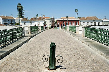 Ponte Romana in the town of Tavira, eastern Algarve, Portugal, Europe