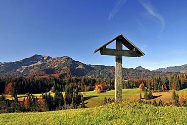 Field cross, Oytal Valley, Oberstdorf, Upper Allgaeu, Bavaria, Germany, Europe, PublicGround